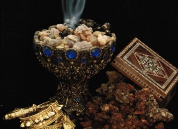 gold-frankincense-and-myrrh